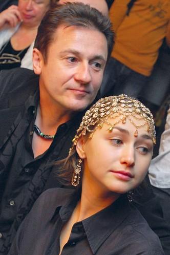 Олег Меньшиковс женой