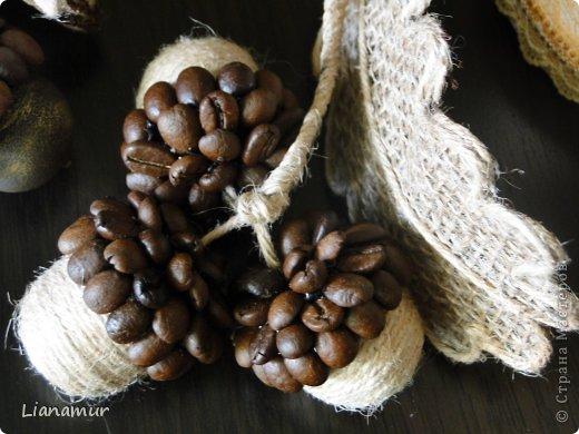 декор кофейными зернами желуди