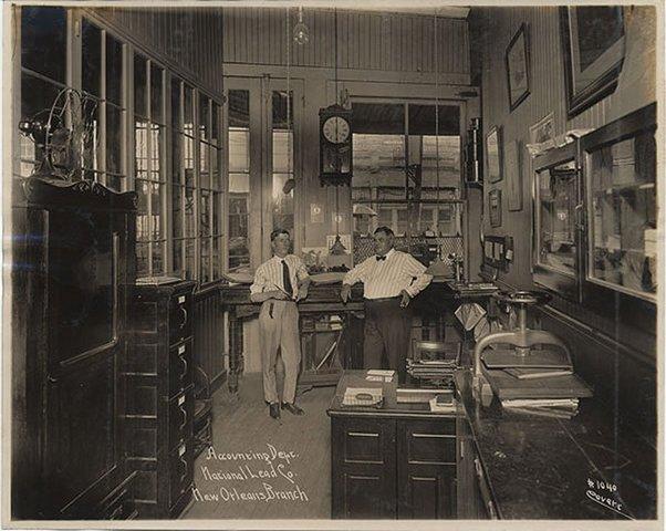 Бухгалтерия компании National Lead Co., 1917 год.