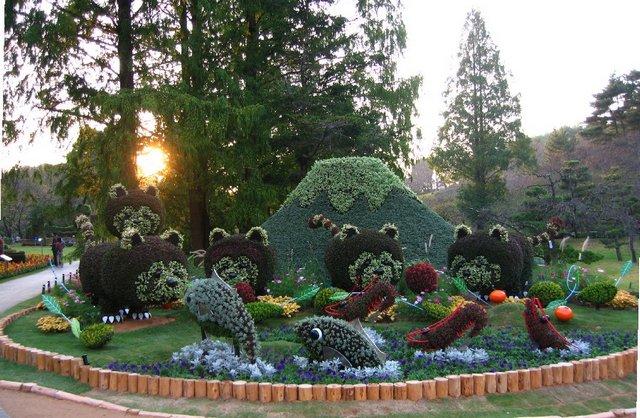 cvetochnye-skulptury